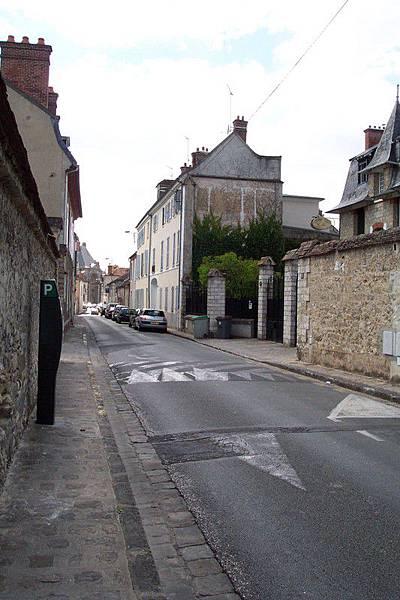 Fontainebleau 街道