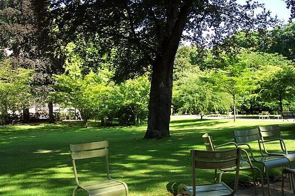 盧森堡公園  O.S