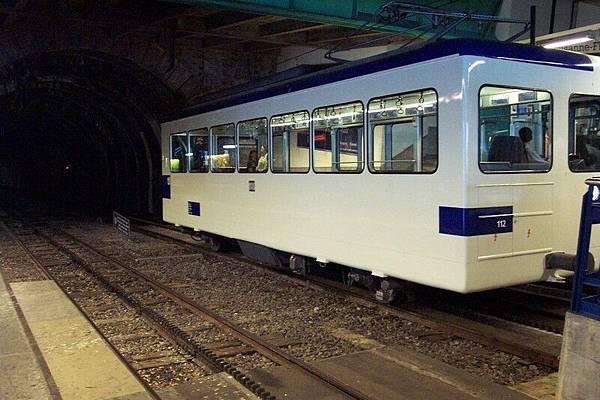 洛桑 Lausanne  地鐵  O.S