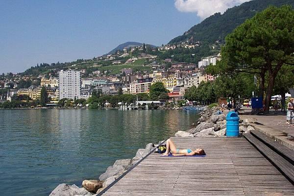 蒙投 Montreux