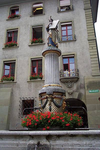 瑞士首都伯恩-摩西噴泉