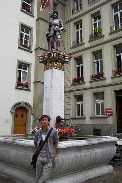 瑞士首都伯恩-旗手噴泉  O.S