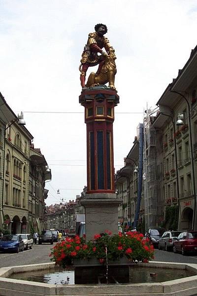 瑞士首都伯恩-參孫噴泉