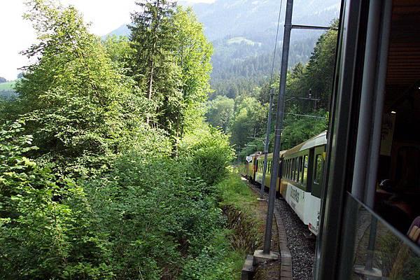 黃金列車GOLDENPASS