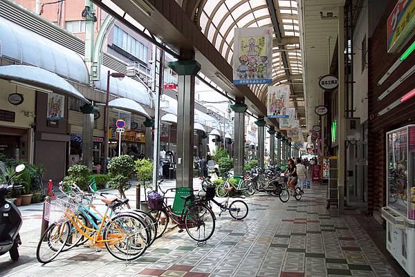 大阪~通天閣前的商店街