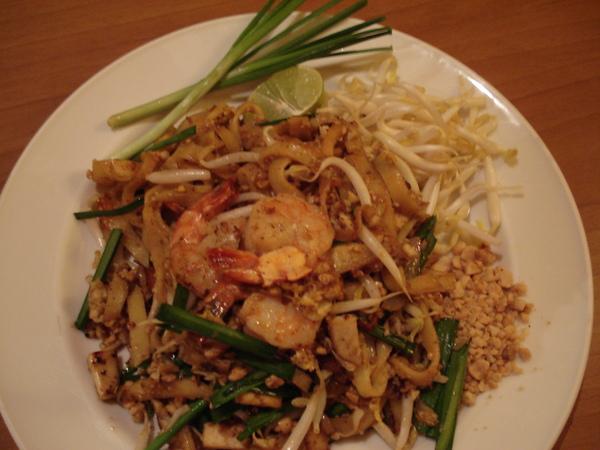 泰式炒粿條  Pad Thai  95B