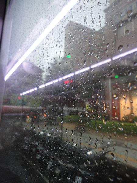 公車冷窗.JPG