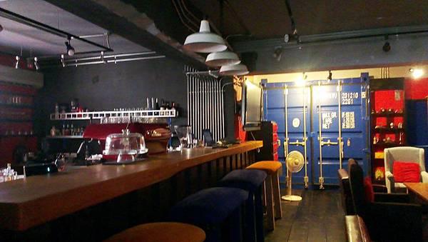 動力咖啡 bar台