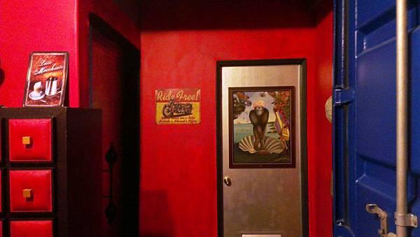 動力咖啡 女生廁所