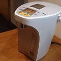 外型 Panasonic國際牌4公升真空斷熱熱水瓶 NC-SU403P