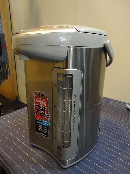象印熱水瓶CV-DSF40不鏽鋼外殼