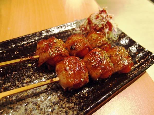 聖女豚肉卷01.JPG