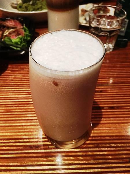 荔枝奶茶 台北市府美式餐廳:小維加斯.jpg