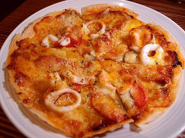 賭城披薩1 台北市府美式餐廳:小維加斯.JPG