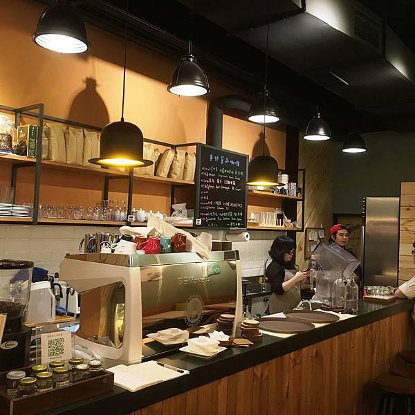 桔也咖啡工作台