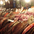 滿滿的魚貨.JPG