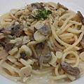 香蒜奶油蘑菇義大利麵.JPG