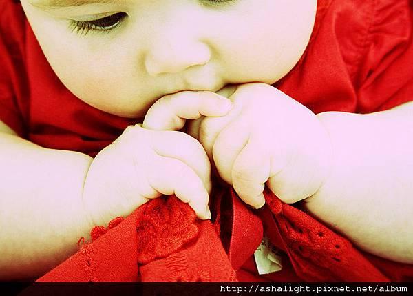 Baby_by_SoorPus