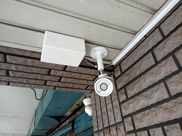 13-室外攝影機安裝 (2).jpg