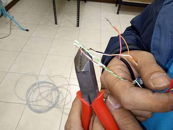 15-絞線傳輸器-線材連接 (1).jpg