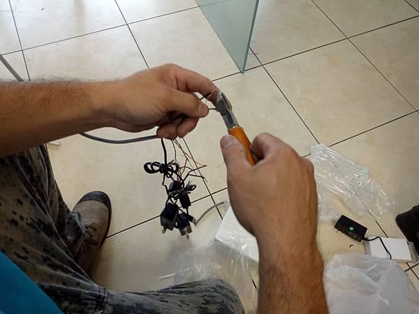15-絞線傳輸器-線材連接 (4).jpg