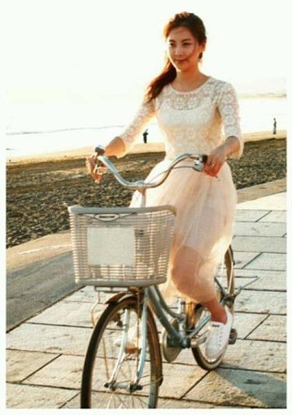 girl_pic_s3_112.jpg