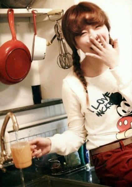 girl_pic_s3_12.jpg