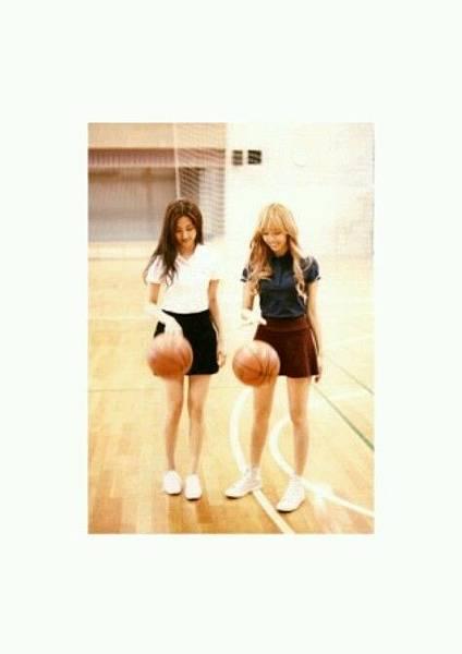 girl_pic_s3_40.jpg
