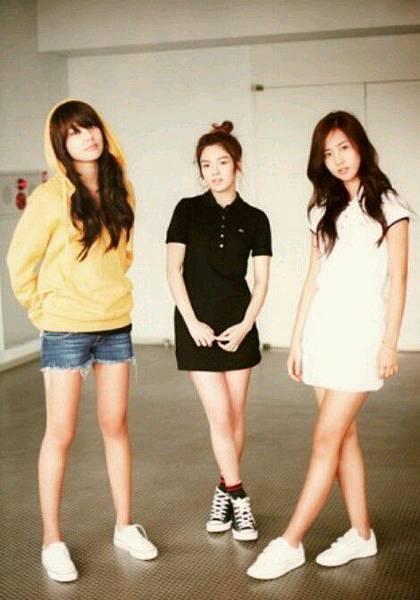 girl_pic_s3_45.jpg