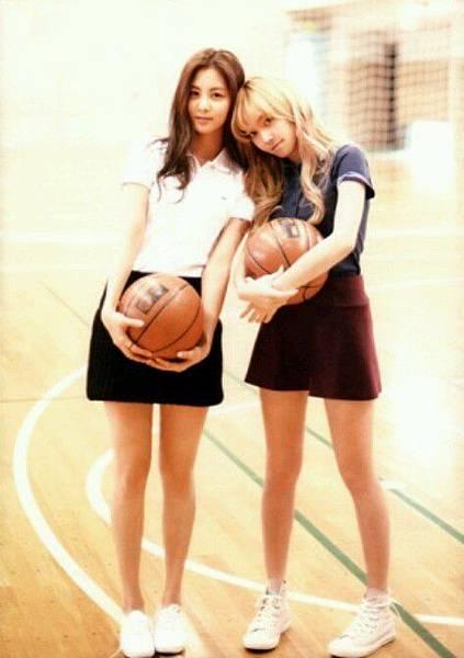 girl_pic_s3_48.jpg