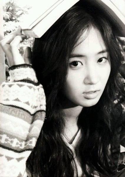 girl_pic_s3_5.jpg