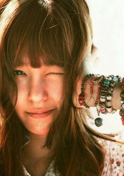 girl_pic_s3_69.jpg