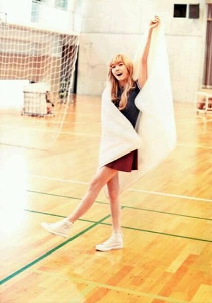 girl_pic_s3_88.jpg