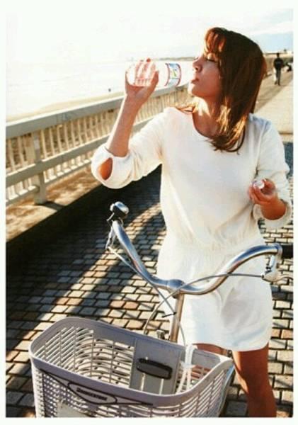 girl_pic_s3_90.jpg