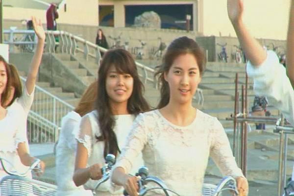 nEO_IMG_KMP-DVD[01-39-59].jpg