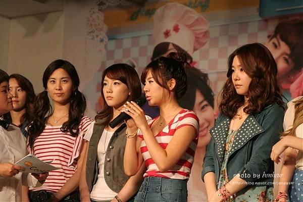 2010A098.jpg