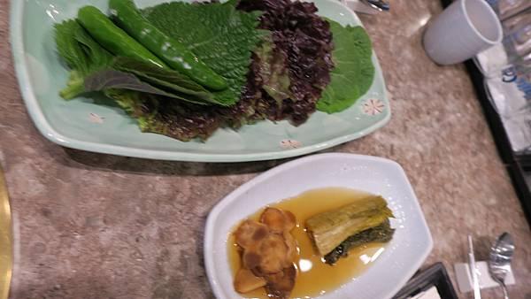 IMG_2841_飯店附近午餐、烤肉店.JPG