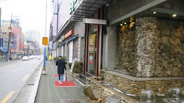 IMG_2852_飯店附近午餐、烤肉店.JPG