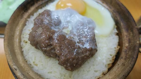IMG_0031_D3_興記煲仔飯.JPG