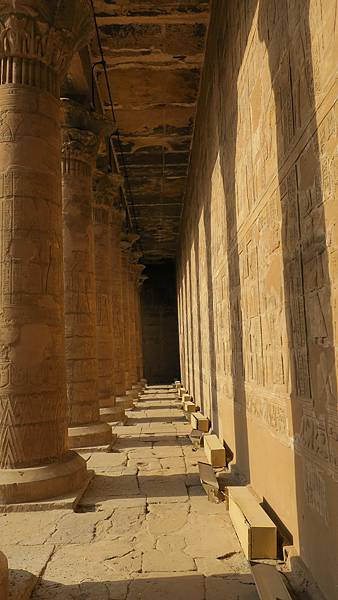 IMG_0544_D5_EDFU Temple_艾得夫神殿.JPG