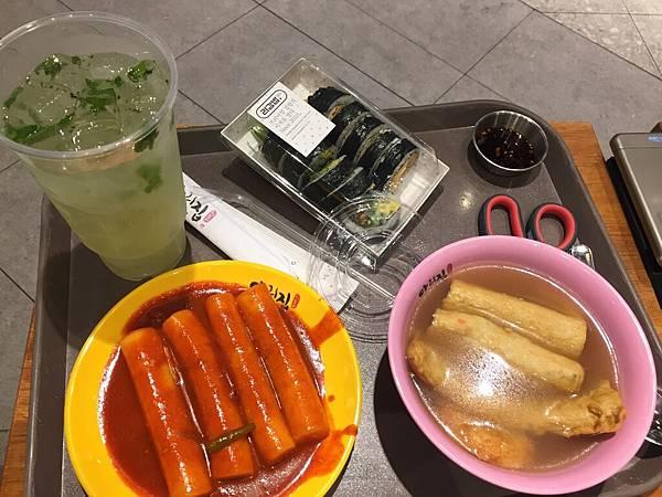 IMG_4157_D1_樂天百貨美食街.JPG