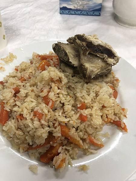 IMG_1158_D5_布林津夜市晚餐.JPG