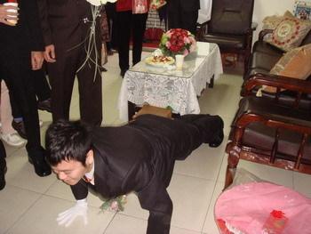 不測試一下體力,怎麼給新娘幸福呢?