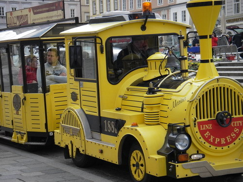 林茲Linz的市區觀光車