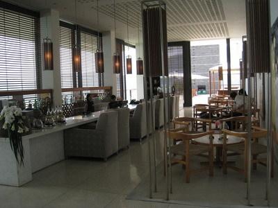 lobby旁的飲茶酒吧區