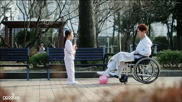 [微博@闻汤识面泡韩剧]陷入纯情EP02#郑京浩1080i修色截图 (72).jpg