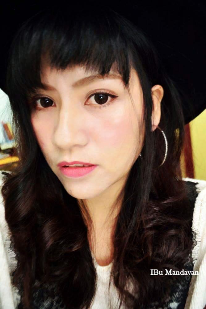 我的跨年妝容~Miss Hana 花娜小姐 淨潤無瑕金屬粉餅