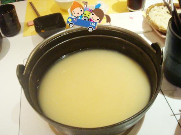 湯好好喝的味增火鍋.jpg