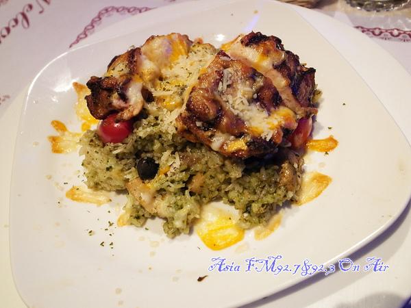 馬自列拉乳酪焗香甜雞肉燉飯