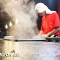 關東煮炊煙裊裊-沸騰的老闆-